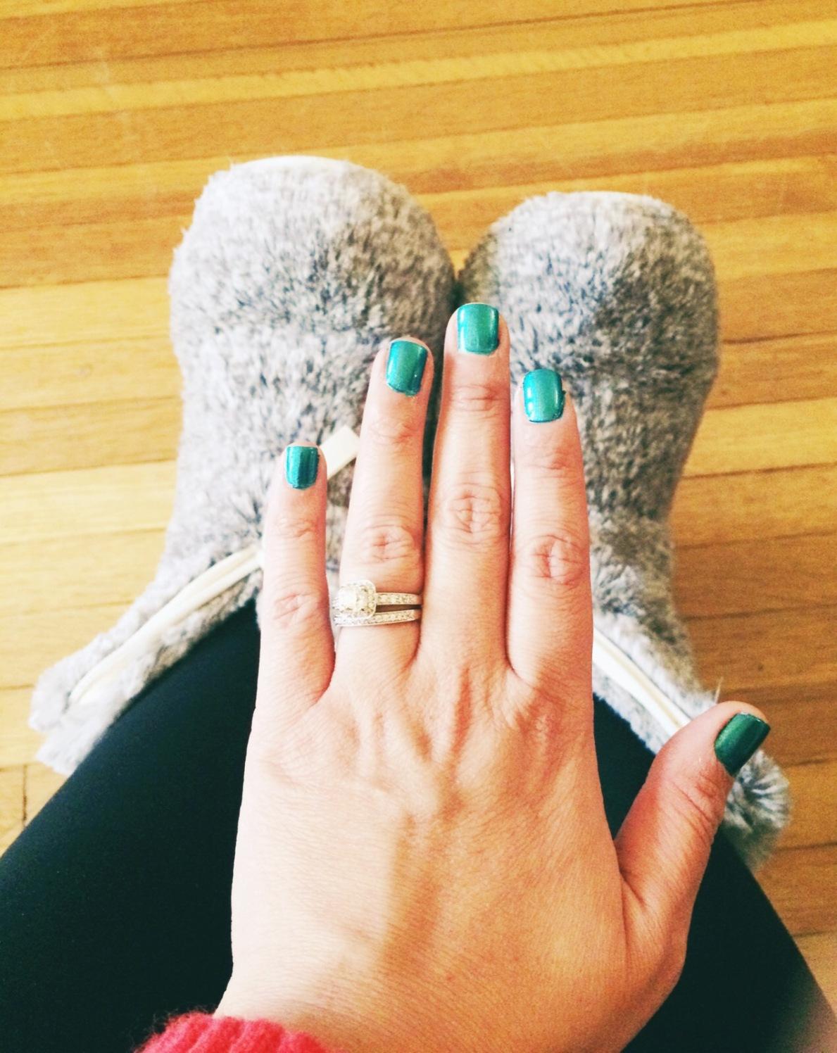 DIY Gel Nails vs. Salon Gel Manicure | feliz cyntia